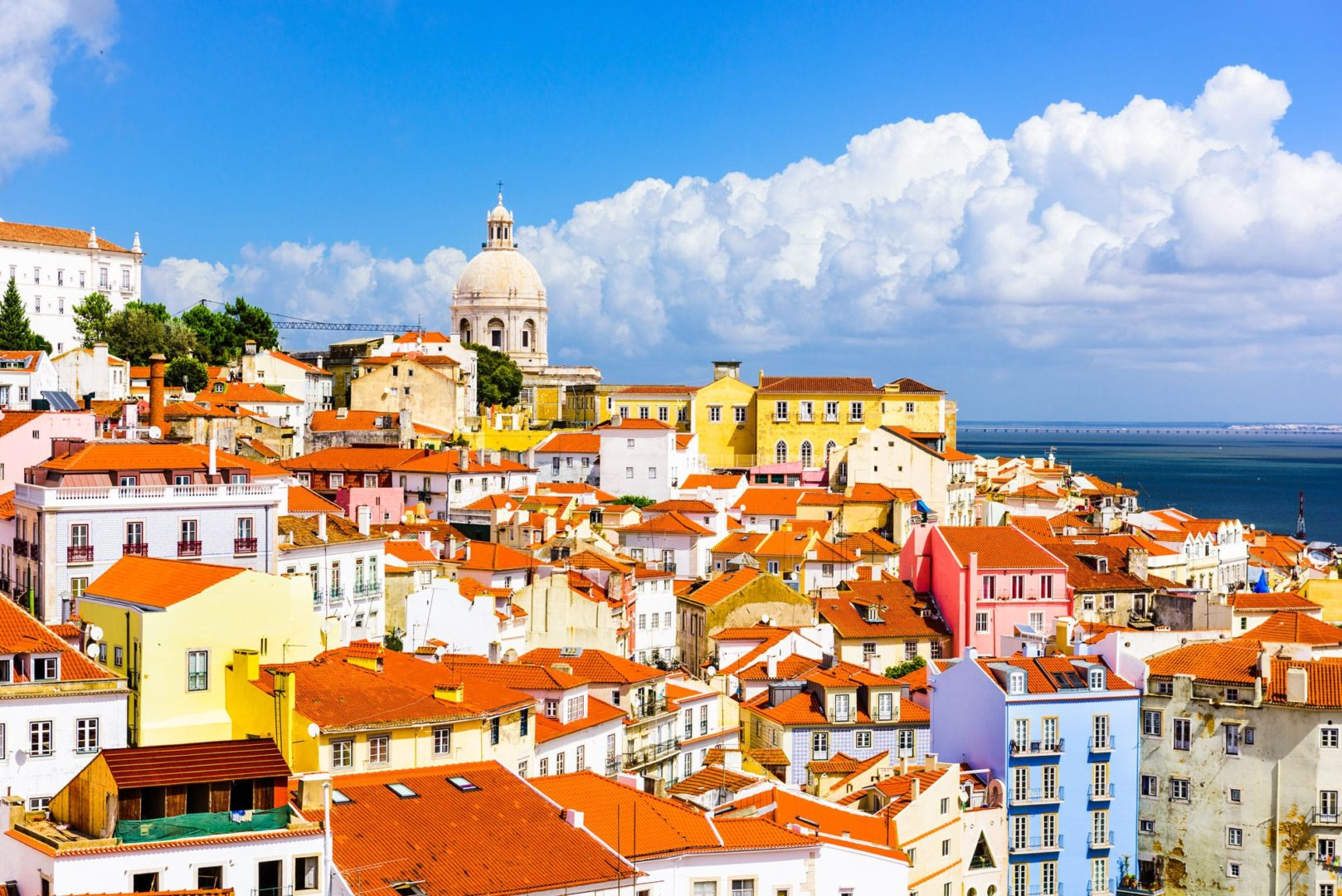 Payroll and HR in Portugal