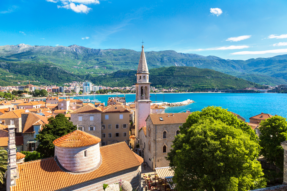 Payroll and HR in Montenegro